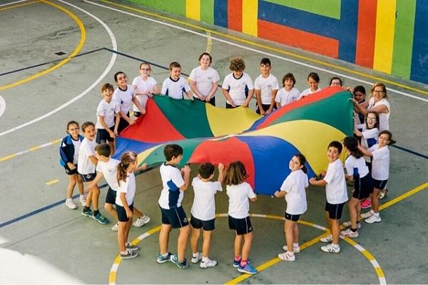 Actividades En Grupo Juegos Con Paracaidas Fiestas Gominolas
